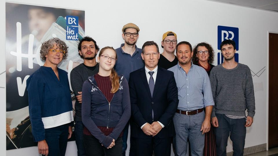 Radiobeitrag Uber Die Instrumentenbauschule Staatliche Musikinstrumentenbauschule Mittenwald